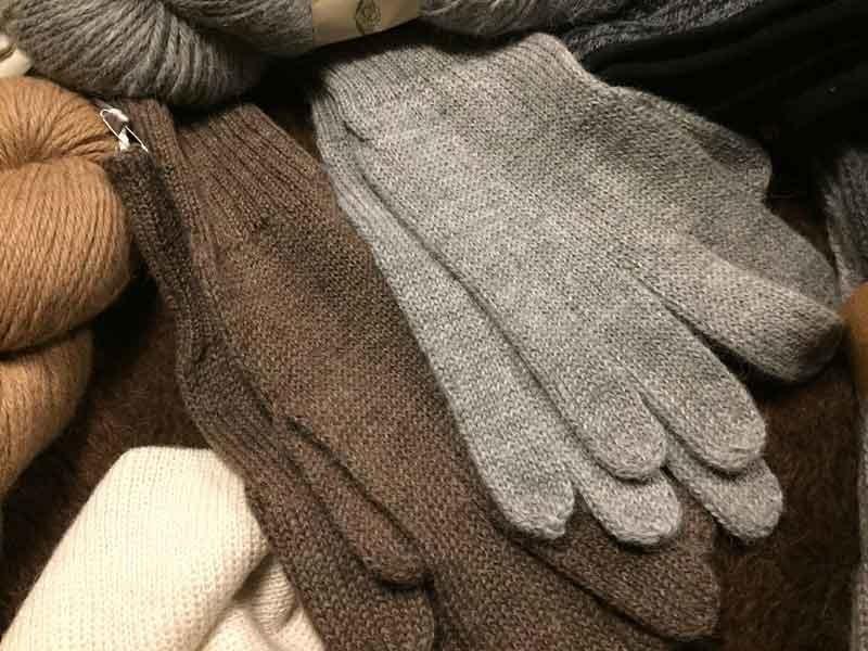 Warme Handschuhe aus Alpakawolle